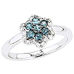 Alexandrite, white diamond and white gold ring.