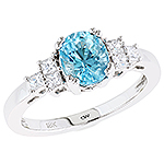 Aquamarine and white diamond gold ring.