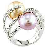 Pearl,white diamond and white gold ring.
