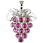 Rhodolite and silver pendant